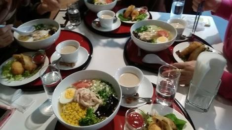 ramen lunch soup salad sweet cups